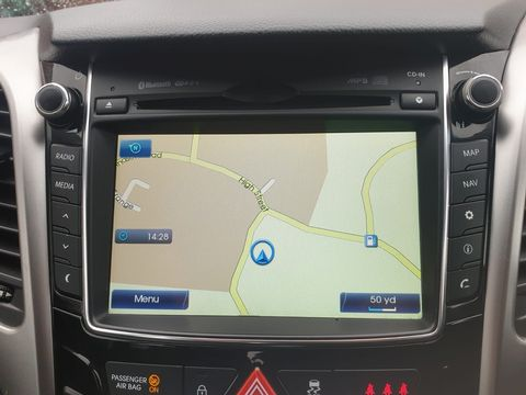 2012 Hyundai i30 1.6 CRDi Blue Drive Style 5dr (ISG) - Picture 11 of 30