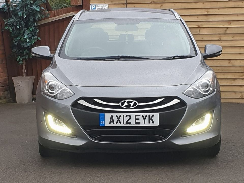2012 Hyundai i30 1.6 CRDi Blue Drive Style 5dr (ISG) - Picture 5 of 30
