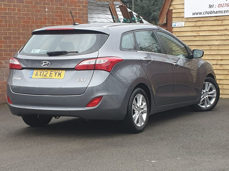 2012 Hyundai i30 1.6 CRDi Blue Drive Style 5dr (ISG) - Picture 9 of 30
