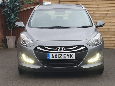 2012 Hyundai i30 1.6 CRDi Blue Drive Style 5dr (ISG) - Picture 5 of 31