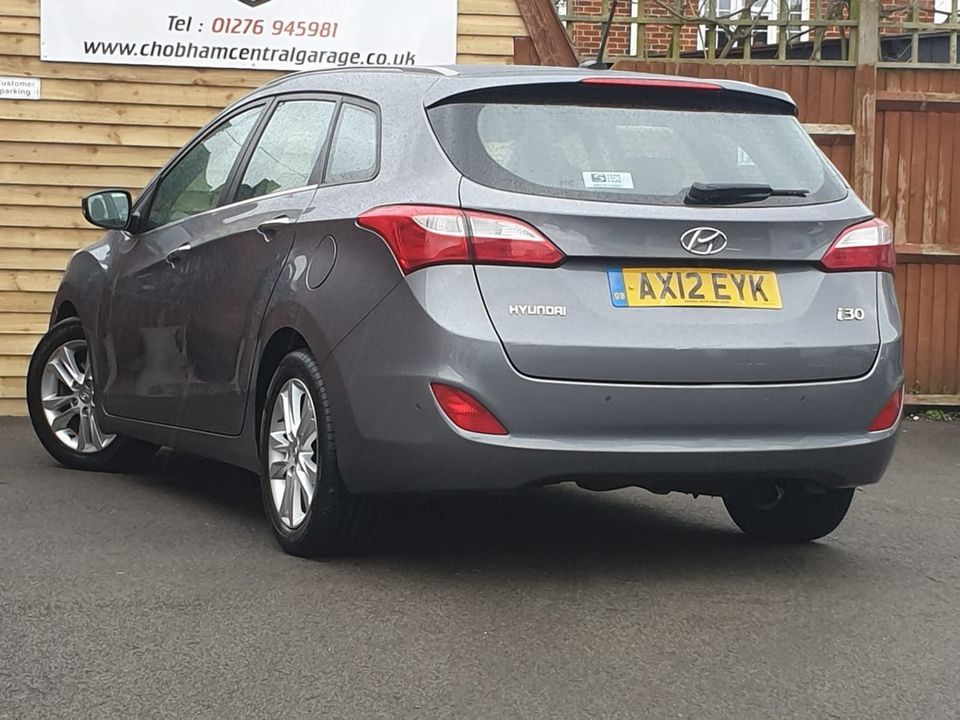 2012 Hyundai i30 1.6 CRDi Blue Drive Style 5dr (ISG) - Picture 8 of 31