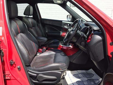 2014 Nissan Juke 1.2 DIG-T Tekna (s/s) 5dr EU5 - Picture 11 of 30