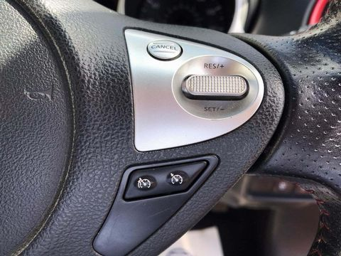 2014 Nissan Juke 1.2 DIG-T Tekna (s/s) 5dr EU5 - Picture 13 of 30