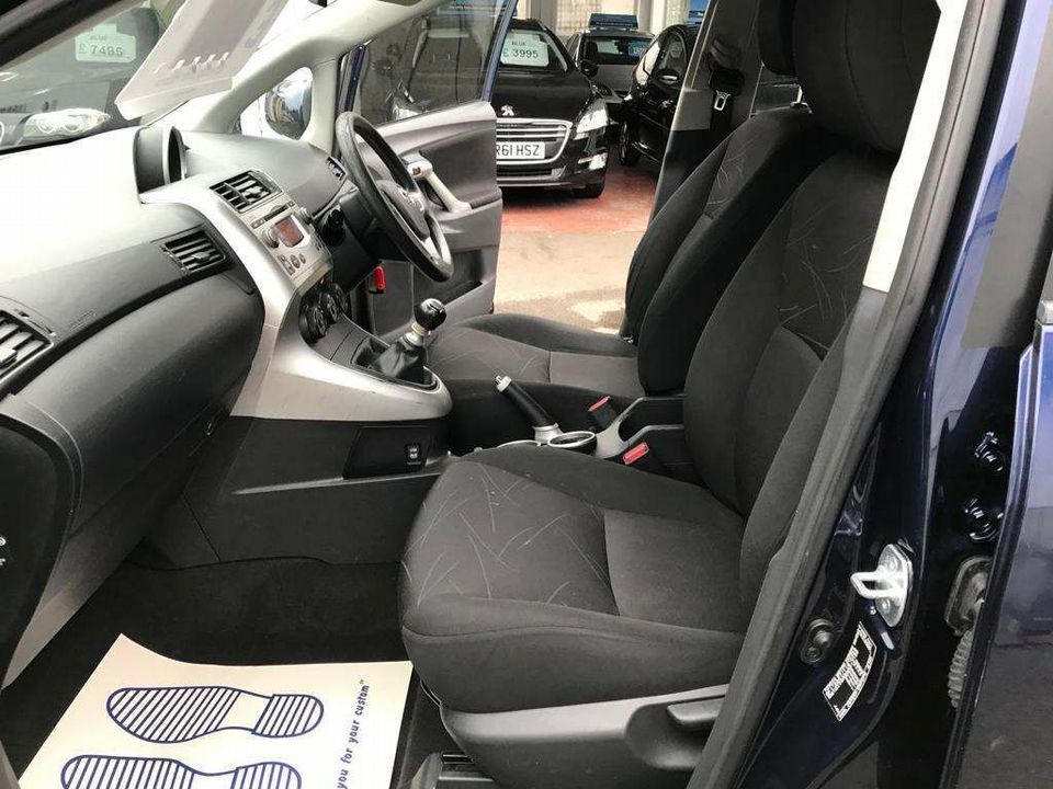2010 Toyota Verso 1.6 V-Matic T2 5dr (5 Seats) - Picture 13 of 28