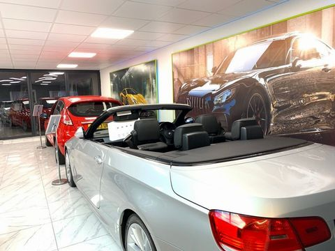 2010 BMW 1 Series 2.0 116d Sport 5dr - Picture 18 of 29