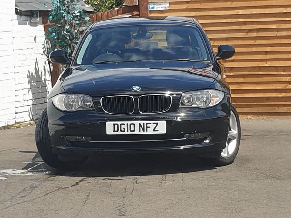 2010 BMW 1 Series 2.0 116d Sport 5dr - Picture 4 of 29