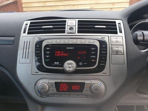 2010 Ford Kuga 2.0 TDCi Titanium 5dr - Picture 14 of 26