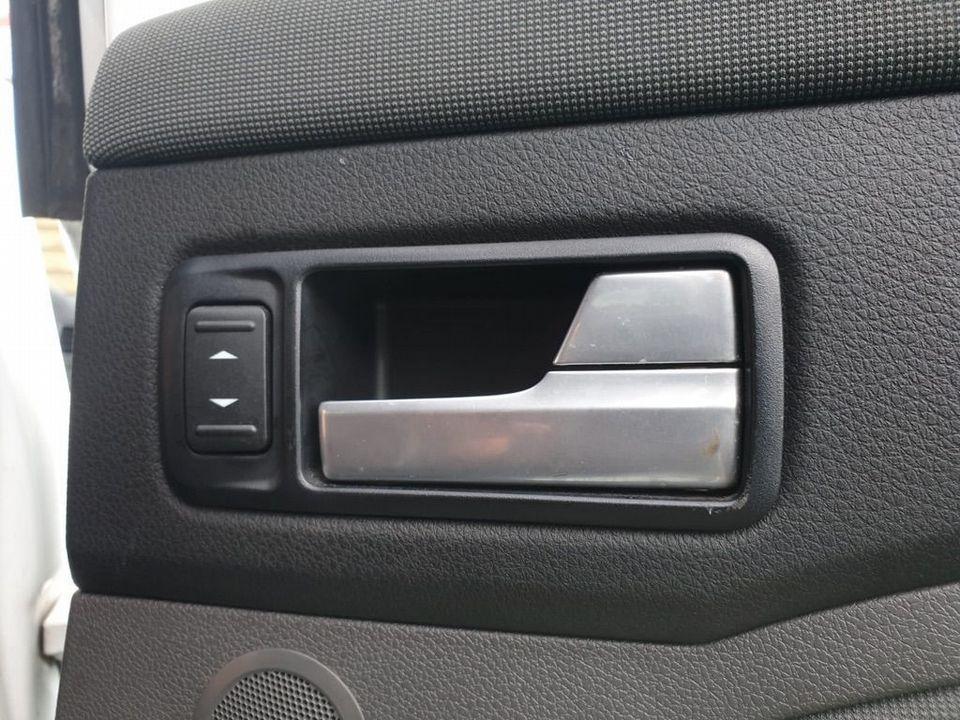 2010 Ford Kuga 2.0 TDCi Titanium 5dr - Picture 20 of 26