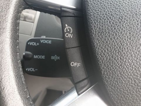 2010 Ford Kuga 2.0 TDCi Titanium 5dr - Picture 17 of 26