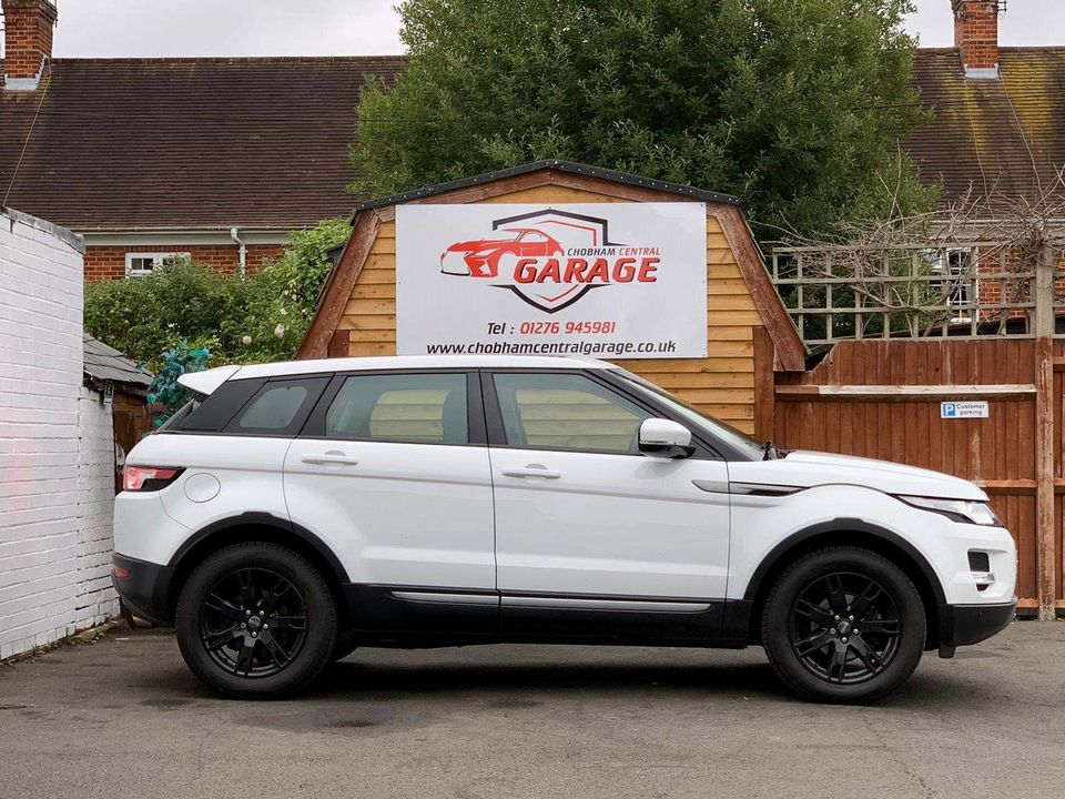 2012 Land Rover Range Rover Evoque 2.2 SD4 Pure AWD 5dr - Picture 6 of 31