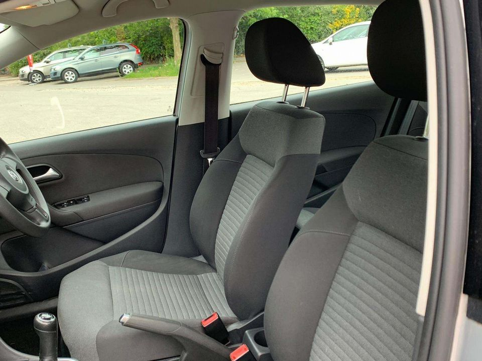 2010 Volkswagen Polo 1.4 SE 5dr - Picture 16 of 22