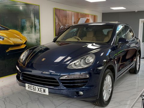 2011 Porsche Cayenne 3.0 TD Tiptronic S AWD 5dr - Picture 16 of 35