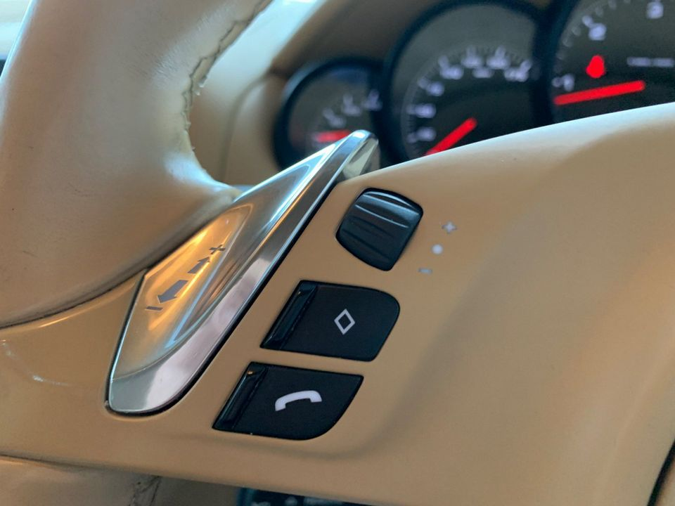2011 Porsche Cayenne 3.0 TD Tiptronic S AWD 5dr - Picture 31 of 35
