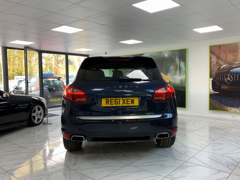 2011 Porsche Cayenne 3.0 TD Tiptronic S AWD 5dr - Picture 9 of 35