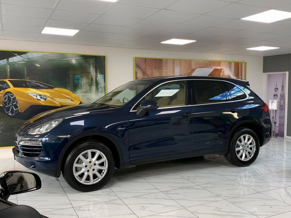 2011 Porsche Cayenne 3.0 TD Tiptronic S AWD 5dr - Picture 14 of 35