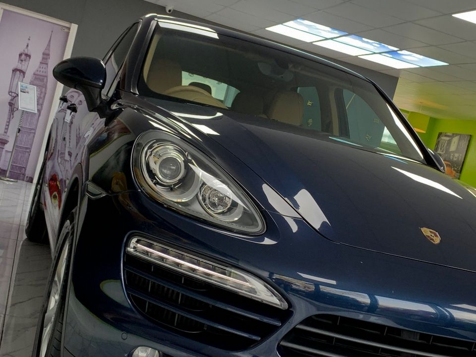 2011 Porsche Cayenne 3.0 TD Tiptronic S AWD 5dr - Picture 18 of 35
