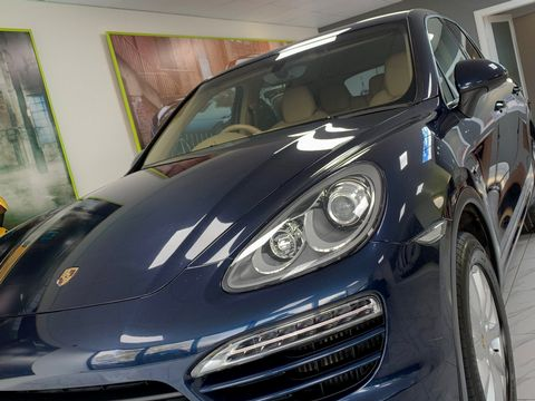 2011 Porsche Cayenne 3.0 TD Tiptronic S AWD 5dr - Picture 20 of 35