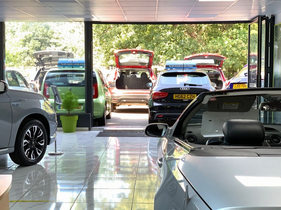2010 Lexus RX 450h 3.5 SE-I CVT 4x4 5dr - Picture 12 of 36