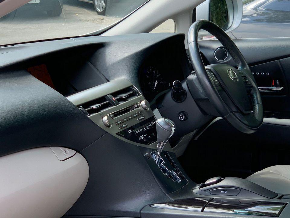 2010 Lexus RX 450h 3.5 SE-I CVT 4x4 5dr - Picture 13 of 36