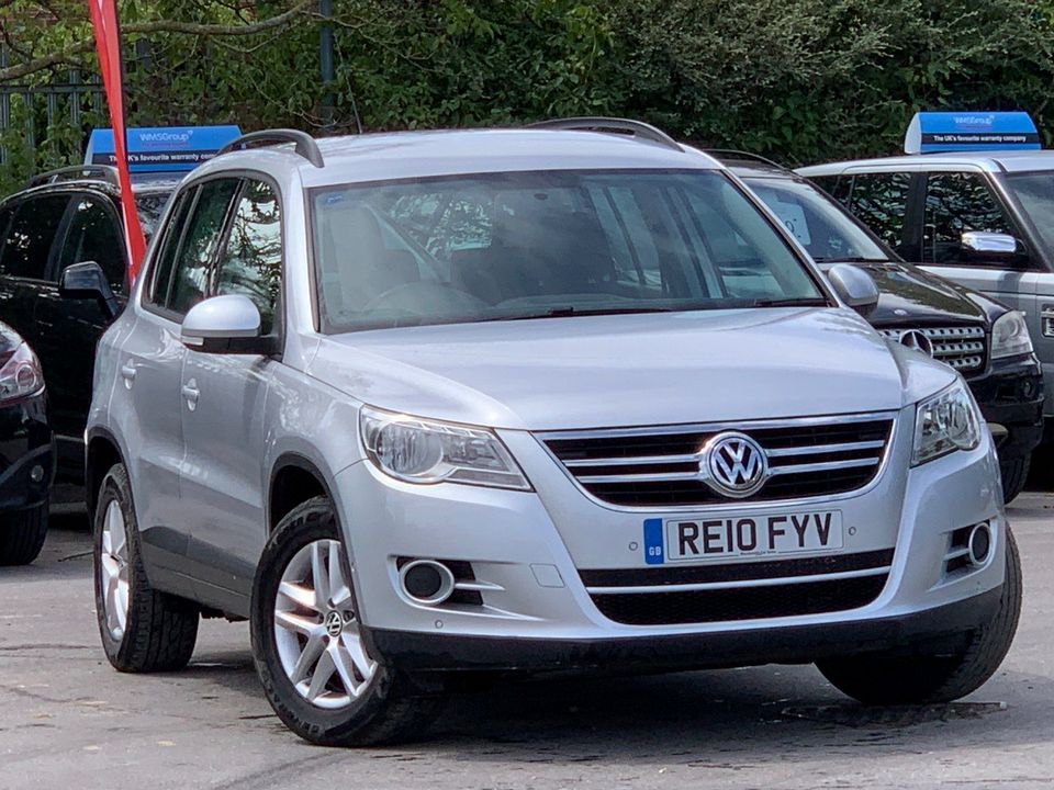 2010 Volkswagen Tiguan 2.0 TDI BlueMotion Tech S (s/s) 5dr - Picture 1 of 18