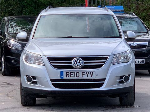 2010 Volkswagen Tiguan 2.0 TDI BlueMotion Tech S (s/s) 5dr - Picture 3 of 18