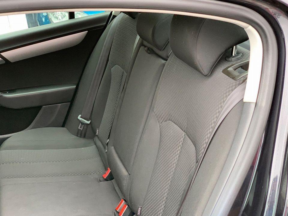 2012 Volkswagen Passat 2.0 TDI BlueMotion Tech S (s/s) 4dr - Picture 14 of 22