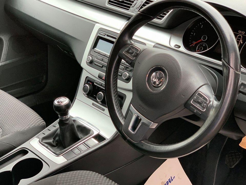 2012 Volkswagen Passat 2.0 TDI BlueMotion Tech S (s/s) 4dr - Picture 18 of 22