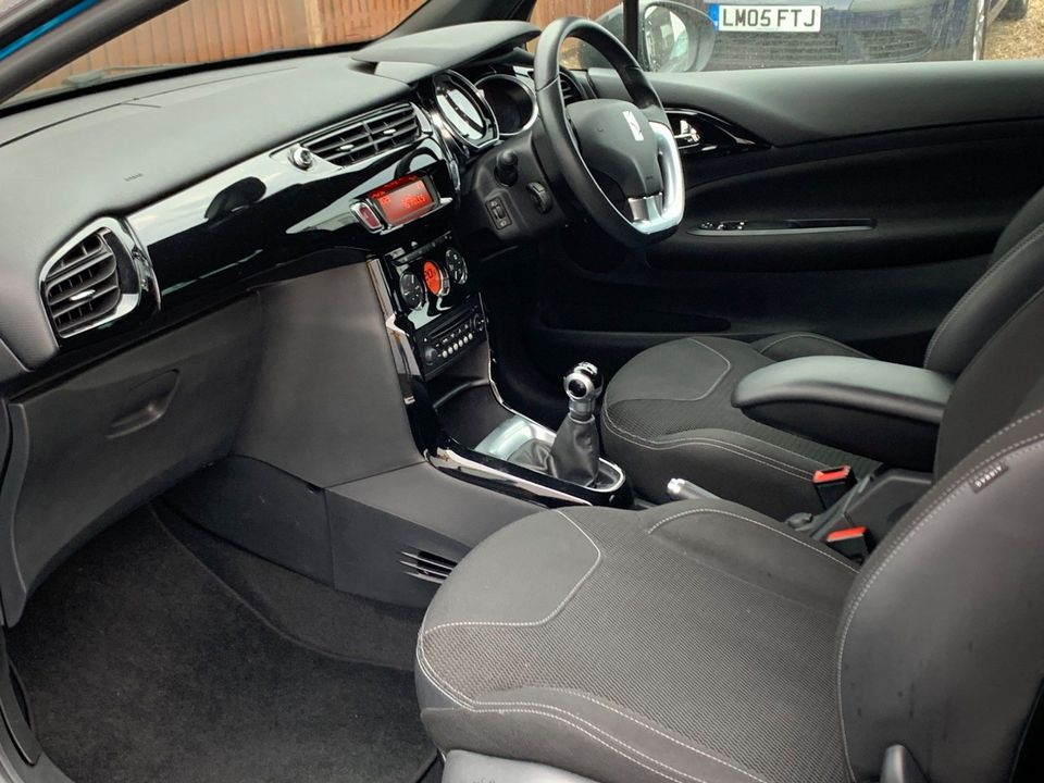 2011 Citroen DS3 1.6 e-HDi Airdream DStyle Plus 3dr - Picture 11 of 25