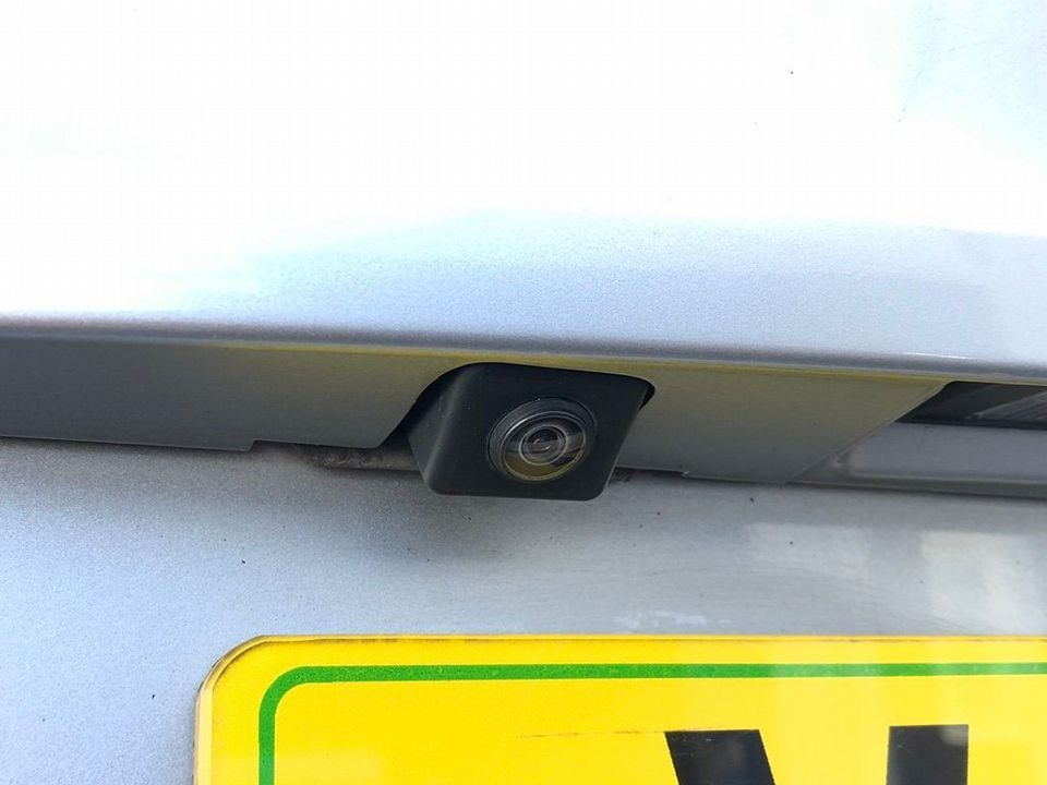 2010 Nissan Qashqai 2.0 dCi n-tec 2WD 5dr - Picture 19 of 37