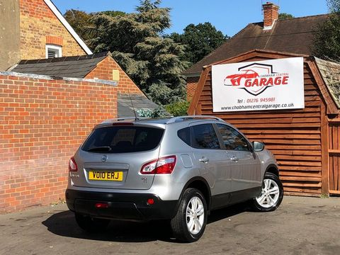 2010 Nissan Qashqai 2.0 dCi n-tec 2WD 5dr - Picture 11 of 37