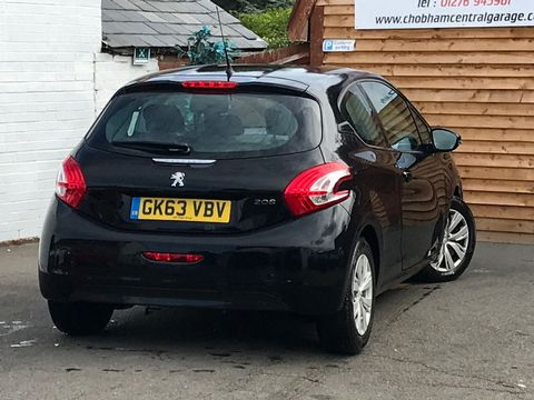 2013 Peugeot 208 1.2 VTi Access+ 3dr - Picture 6 of 26