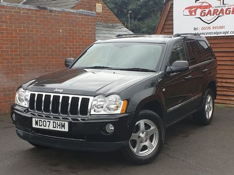 2007 Jeep Grand Cherokee 3.0 CRD V6 Limited 4x4 5dr - Picture 4 of 22