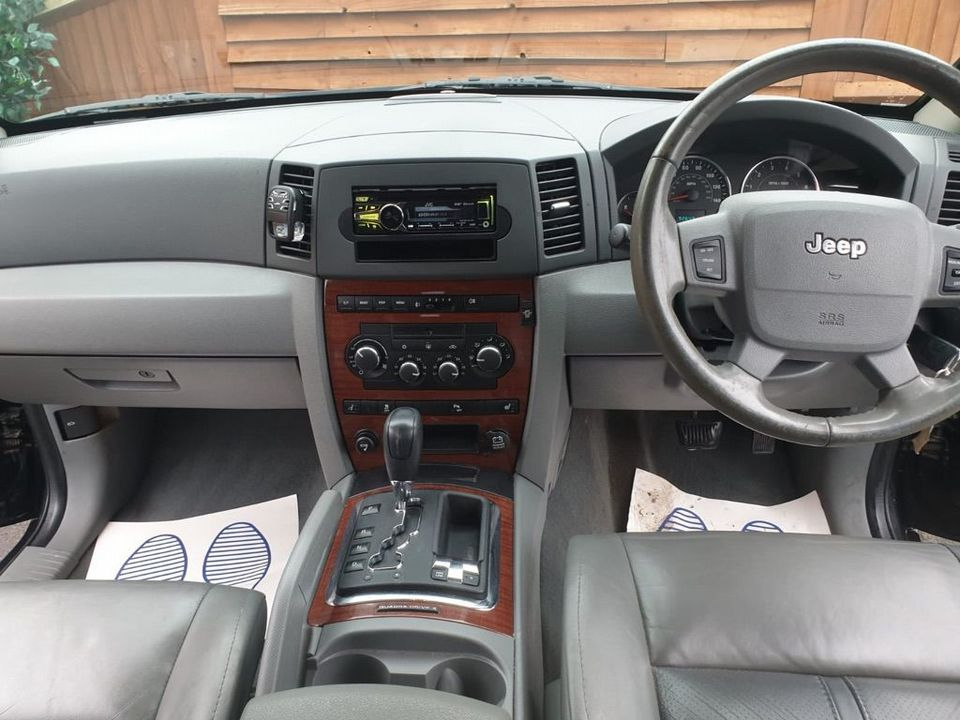 2007 Jeep Grand Cherokee 3.0 CRD V6 Limited 4x4 5dr - Picture 8 of 22