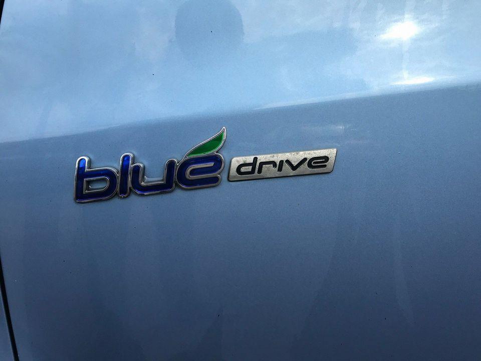 2012 Hyundai ix20 1.6 CRDi Blue Drive Active 5dr - Picture 11 of 33