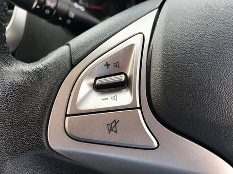 2012 Hyundai ix20 1.6 CRDi Blue Drive Active 5dr - Picture 16 of 33