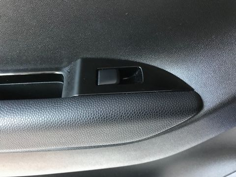 2012 Hyundai ix20 1.6 CRDi Blue Drive Active 5dr - Picture 29 of 33