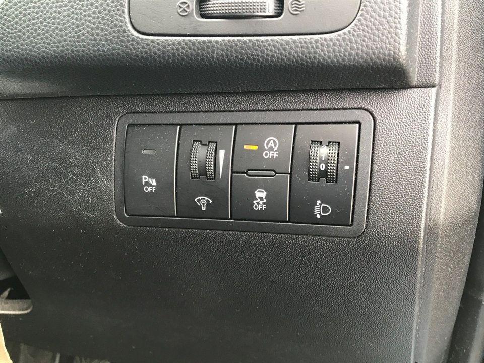 2012 Hyundai ix20 1.6 CRDi Blue Drive Active 5dr - Picture 31 of 33