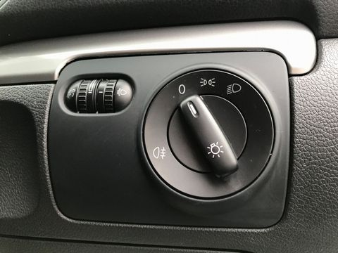 2009 Volkswagen Golf 1.4 S 5dr - Picture 13 of 26