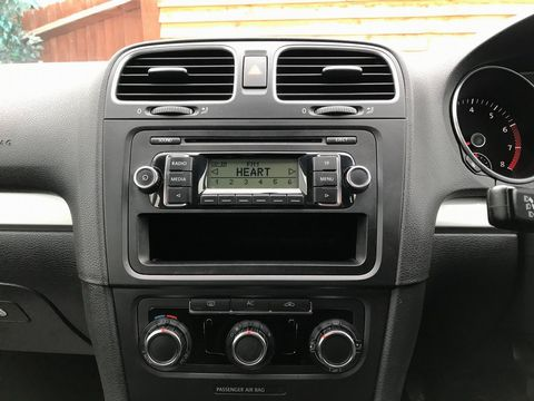2009 Volkswagen Golf 1.4 S 5dr - Picture 16 of 26