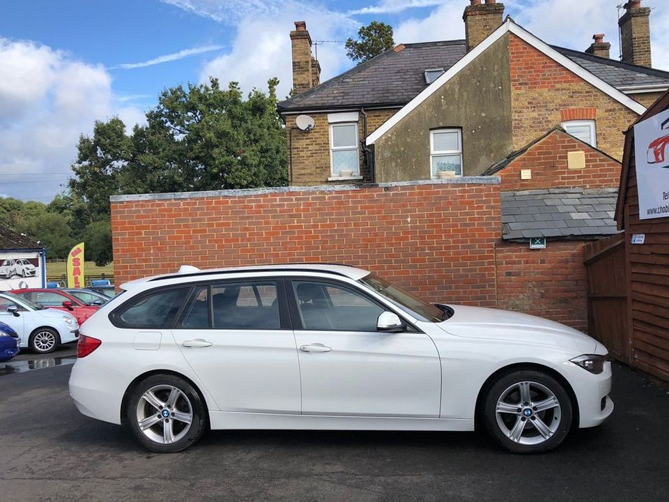 2012 BMW 3 Series 2.0 318d SE Touring (s/s) 5dr - Picture 12 of 37
