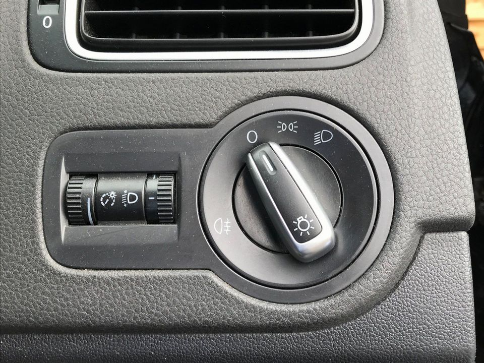2010 Volkswagen Polo 1.4 SE 3dr - Picture 13 of 22