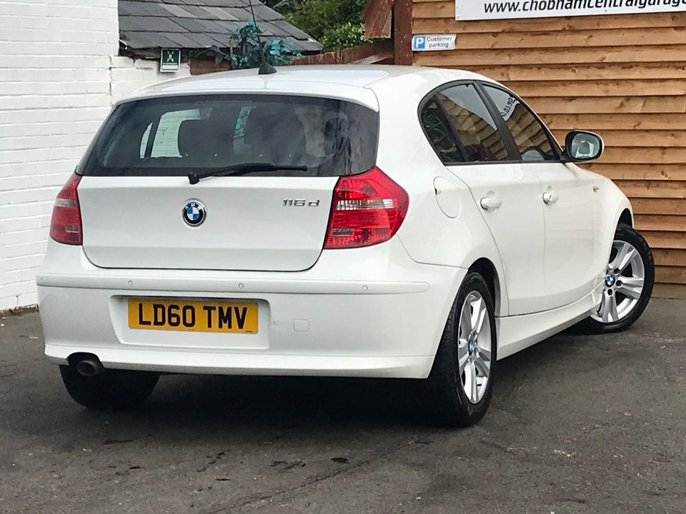 2010 BMW 1 Series 2.0 116d SE 5dr - Picture 5 of 28