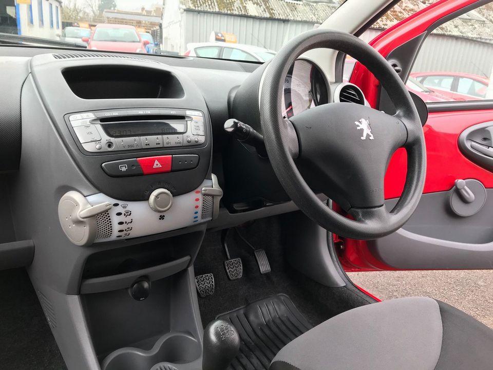 2009 Peugeot 107 1.0 12v Urban Lite 3dr - Picture 14 of 25