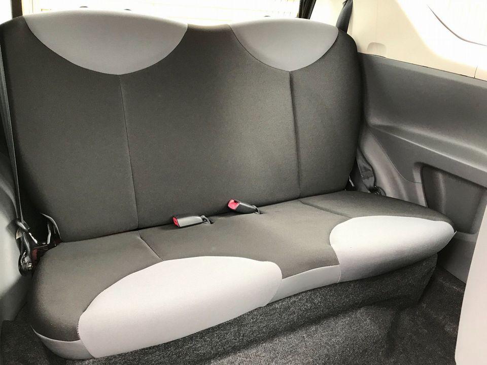 2009 Peugeot 107 1.0 12v Urban Lite 3dr - Picture 18 of 25