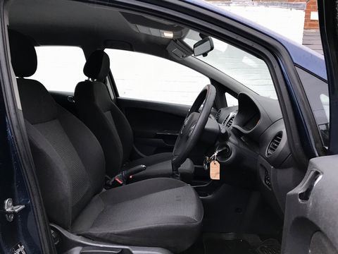 2011 Vauxhall Corsa 1.2 i 16v Excite 5dr - Picture 19 of 27