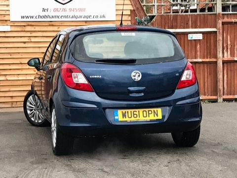 2011 Vauxhall Corsa 1.2 i 16v Excite 5dr - Picture 9 of 27