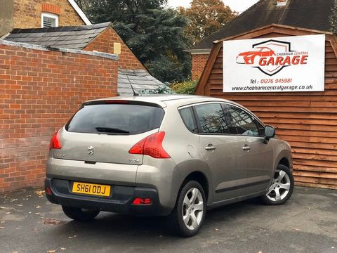 2011 Peugeot 3008 1.6 HDi FAP Sport 5dr - Picture 10 of 32