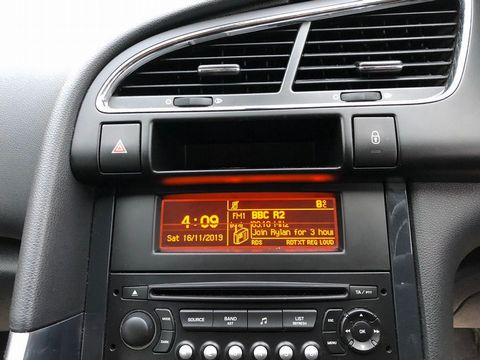 2011 Peugeot 3008 1.6 HDi FAP Sport 5dr - Picture 22 of 32