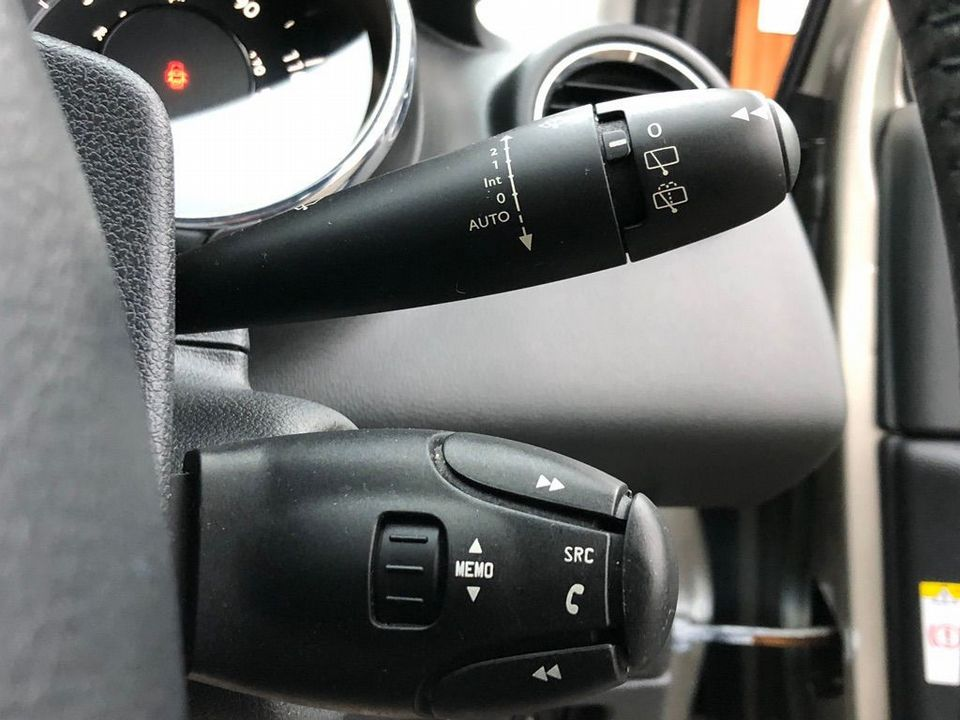 2011 Peugeot 3008 1.6 HDi FAP Sport 5dr - Picture 28 of 32