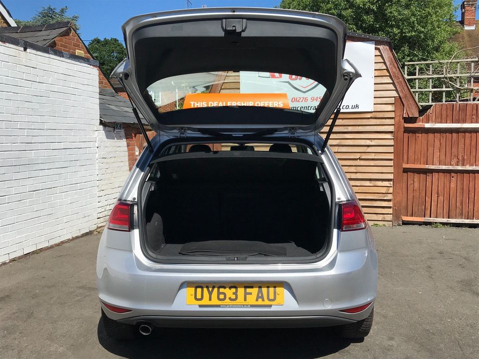 2013 Volkswagen Golf 1.6 TDI SE (s/s) 5dr - Picture 8 of 36